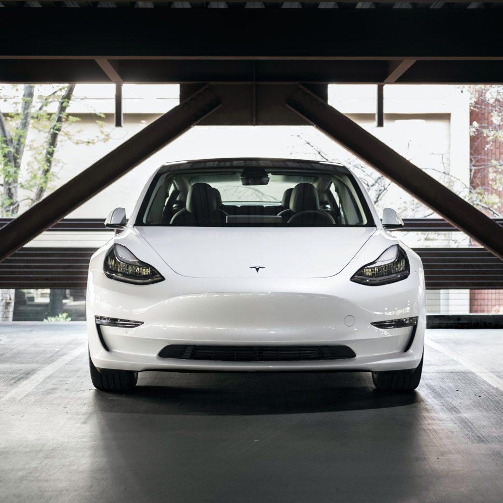 Tesla, voiture éco-responsable